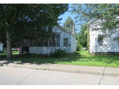 3 Bed 1 Bath Foreclosure Property in Camden, NY 13316 - Railroad St