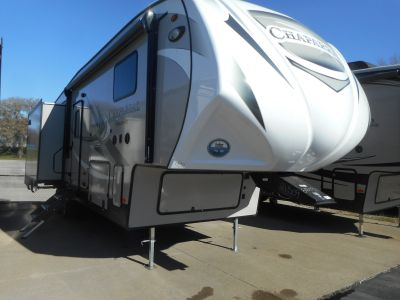 2019 Chaparral by Coachmen 27RKS