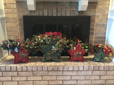 Custom Holiday Star Basket Set 4 total (2 red and 2 green)