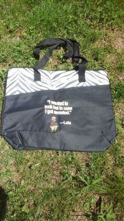 Fans of Stephanie Plum will want this tote bag