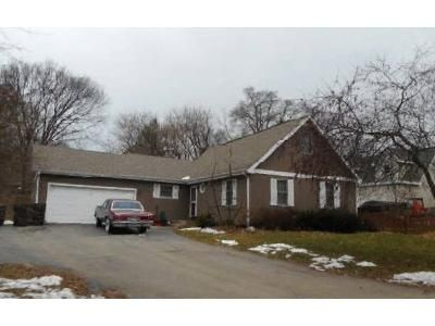 3 Bed 2 Bath Foreclosure Property in Mchenry, IL 60051 - N Crestwood Ave