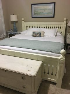 Riverside King Bed