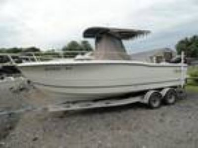 2006 Sea Boss 235 Center Console