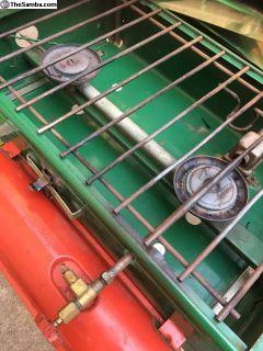 Coleman 413E camp stove