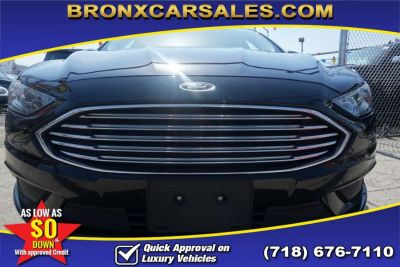 2017 Ford Fusion SE FWD (Black)