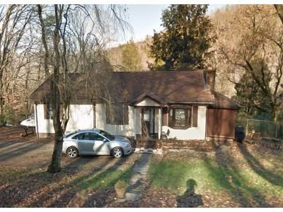 3 Bed 2.5 Bath Foreclosure Property in Powell, TN 37849 - Childress Rd
