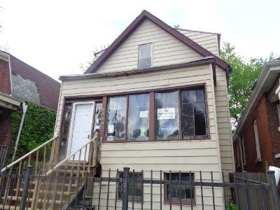 4 Bed 1 Bath Foreclosure Property in Chicago, IL 60609 - S Laflin St