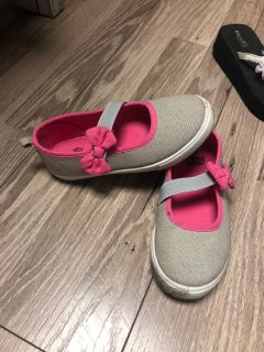 Girls Slip On Sz 10 - Faded Glory