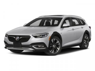 2018 Buick Regal TourX Essence (Rioja Red Metallic)