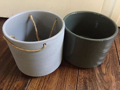 Two pots small one