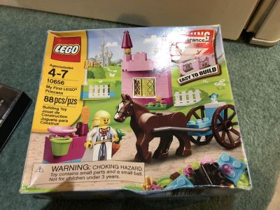 Small LEGO set. Box is banged up but is unopened.