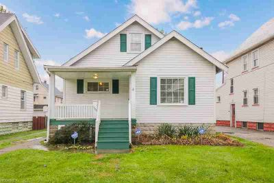 9110 Rosewood Ave Cleveland, This inviting Three BR One BA