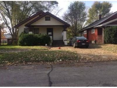 2 Bed 1 Bath Preforeclosure Property in Rockford, IL 61104 - S 5th St