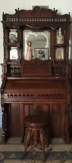 1880s Reed Organ lakeside by Chicago USA