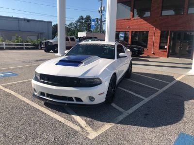 2012 Ford Mustang GT (White)