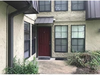 2 Bed 1.5 Bath Foreclosure Property in Baton Rouge, LA 70809 - 6 W Winston Ave