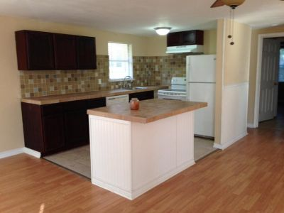 Lease in Huffman