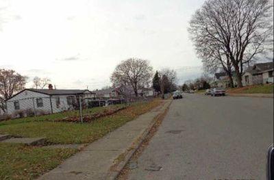 Single Family Home: $12,900 Good Neighborhood – Great Price!