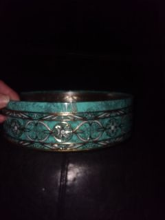 Dahl turquoise and gold  decor