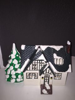 Christmas department 56 snowhouse Series 1986 Main Street house
