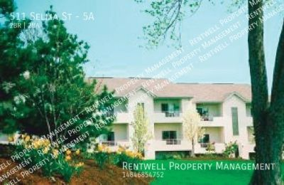 2 bed 2 bath apartment with garage available at Selma Estates!  $1,250