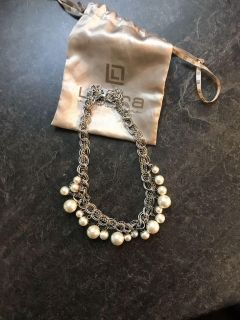 Pretty & classic necklace - nice for a wedding