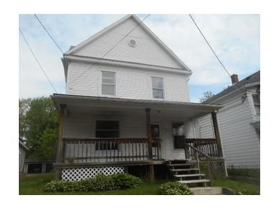 3 Bed 1 Bath Foreclosure Property in Erie, PA 16502 - W 7th St