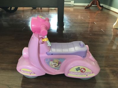 Fisher-Price Laugh & Learn Smart Stages Scooter, Pink
