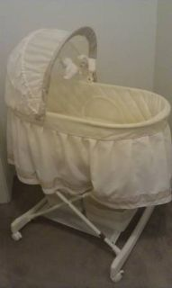 Neutral color Baby Bassinet