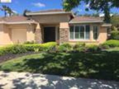 Four BR Two BA In Brentwood CA 94513