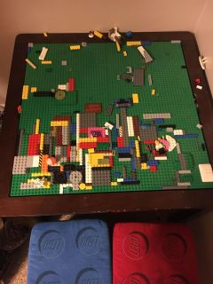 Lego building table with 2 storage stools