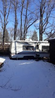 Two axle travel trailer