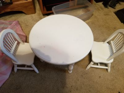 Doll wood table and chairs