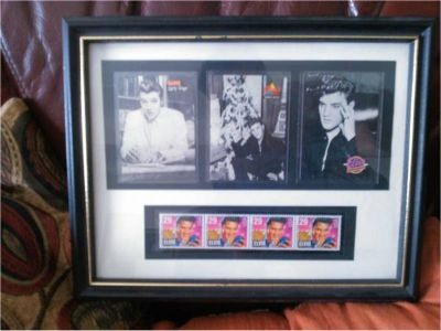 ELVIS PRESLEY - ELVIS PRESLEY FRAMED 1993 STAMPS - BLOCK OF 4
