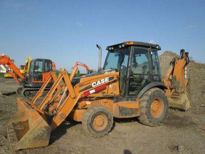 2011 Case Construction 580N - 4WD Long Lip 82 in. Bucket