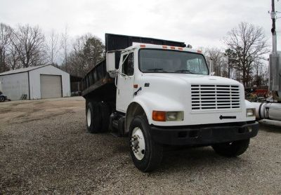 1995 International 4900dt-Dump-Truck
