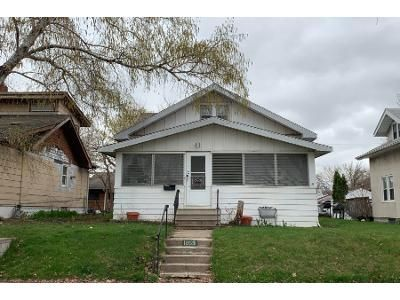 2 Bed 1 Bath Preforeclosure Property in Saint Paul, MN 55104 - Englewood Ave