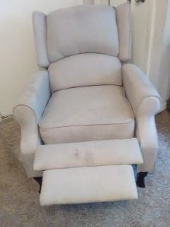 Lazy-boy type of chair