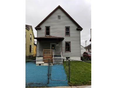 4 Bed 2 Bath Foreclosure Property in Rockford, IL 61102 - West St
