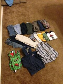 Lots of Boy clothing size 4T