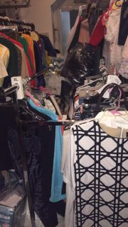 Rolling clothing rack two sides