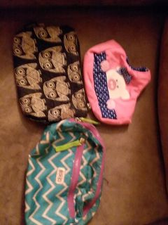 Cute make up bags and the other pink thing i used as a lipgloss holder