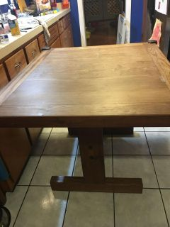 This End Up Real Wood Kitchen Table & 4 Chairs