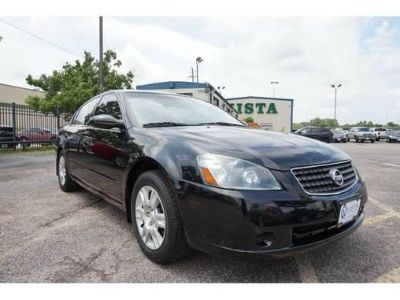 2005 Nissan Altima 2.5 S, black on black, 788 DWN, We Finance