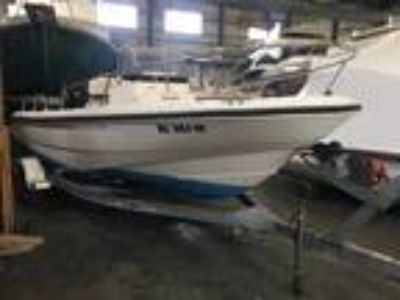 18' Boston Whaler 180 Dauntless 2001