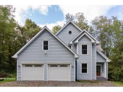 3 Bed 2.5 Bath Foreclosure Property in Honesdale, PA 18431 - Butternut Flts