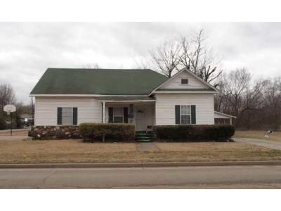 3 Bed 2 Bath Foreclosure Property in Muskogee, OK 74401 - N 24th St
