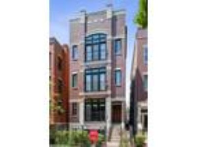 Chicago Four BR Three BA, 3312 North Kenmore Avenue 1
