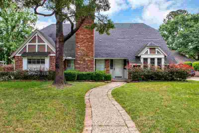 12710 Gaylawood Drive Houston Four BR, This well maintained home