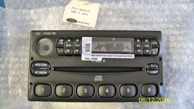 Sell Ford Lincoln Mark VIII CD Radio Faceplate Bezel 1995 1996 1997 1998 99 18C815 motorcycle in Portland, Oregon, United States, for US $32.95